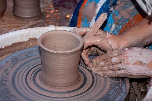 clay-1220103_640