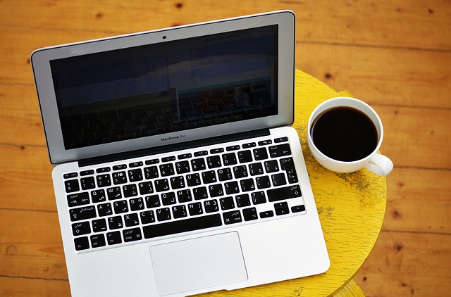 laptop-1367299_640