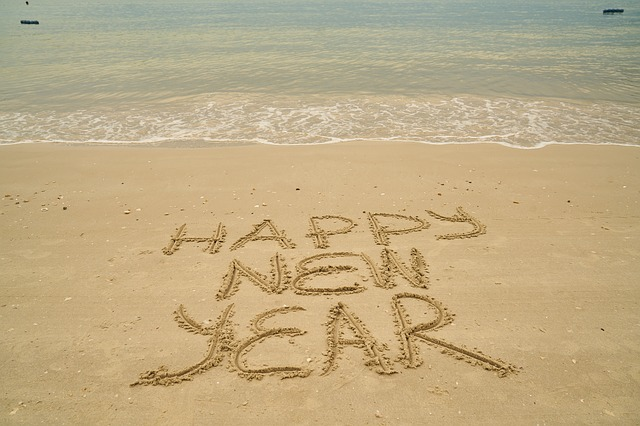 new-year-3730033_640